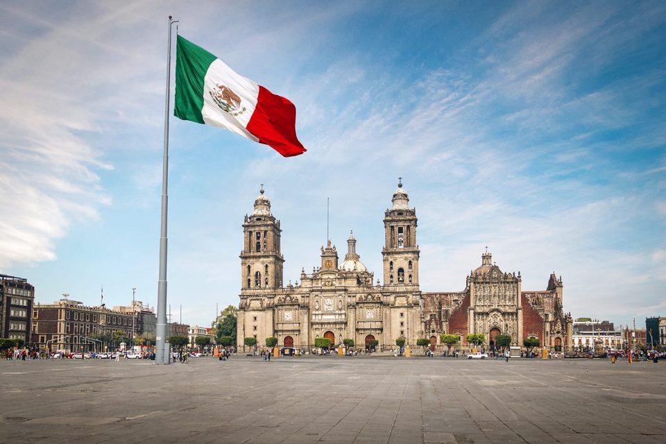 Мексико Сити тоне по 10 сантиметри годишно поради подземното езеро