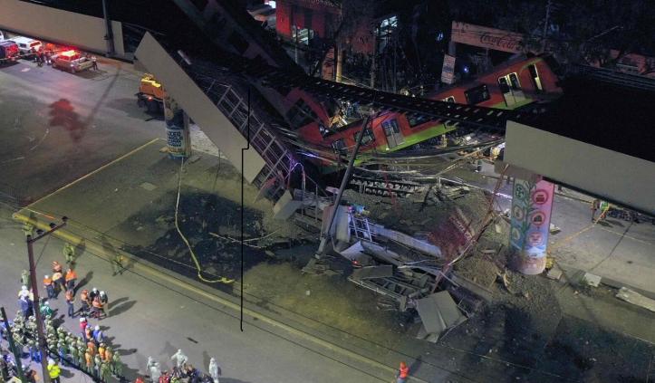 ВОЗНЕМИРУВАЧКО ВИДЕО: Моментот во кој се урна надвозник во Мексико – до сега најмалку 20 загинати и 70 повредени