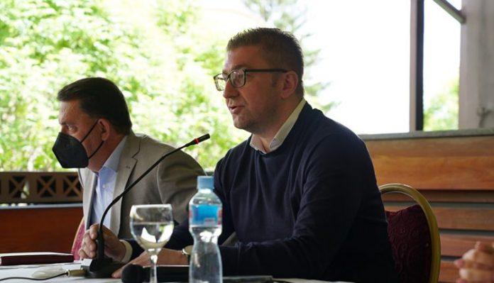 Мицкоски: Фирмите во Битола се борат за егзистенција, власта претставува лажна реалност