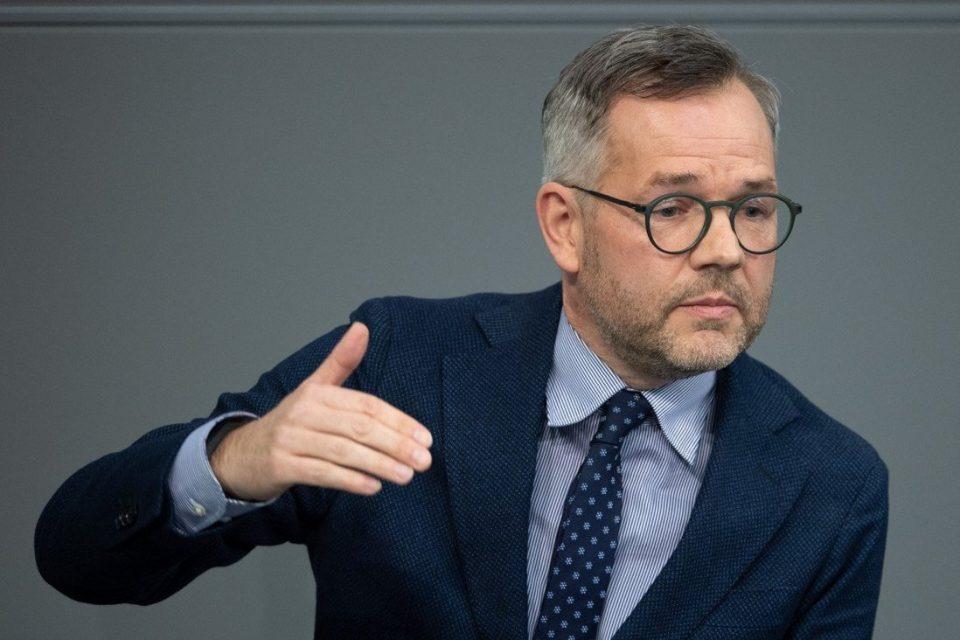 Германскиот државен министер Михаел Рот, денеска доаѓа во дводневна посета на Македонија