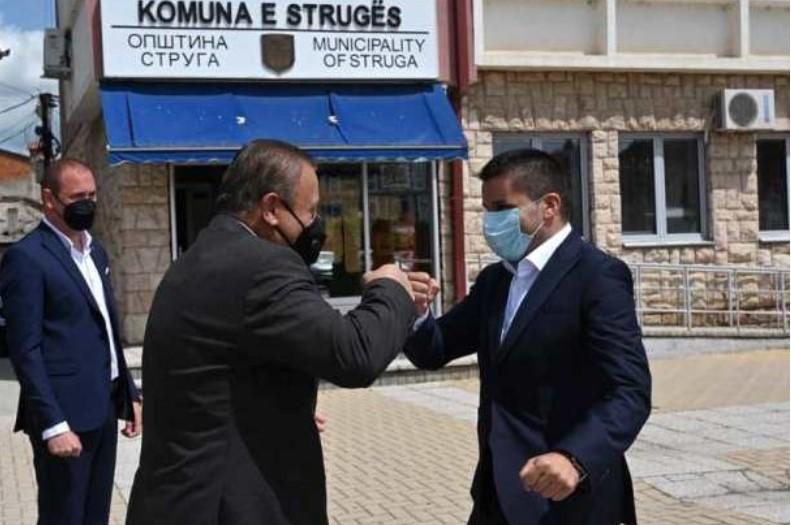Николовски и Мерко ќе ја решаваат корупцијата во Македонија