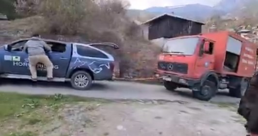 (ВИДЕО) Погледнете ја противпожарната интервенцијата над село Галичник:  Кога на пожарната ќе и затреба шлеп служба