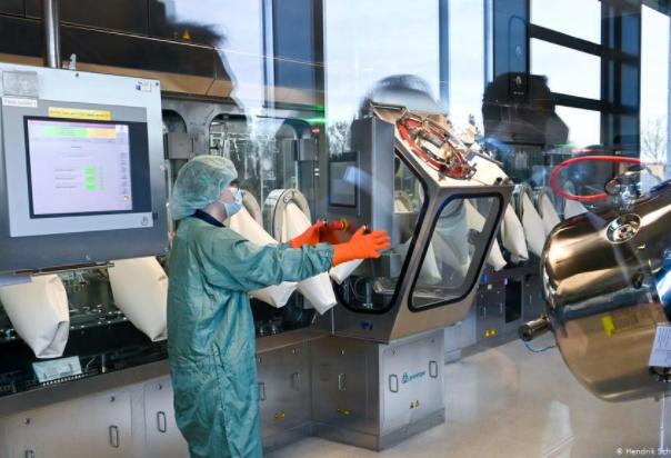 Унгарска фабрика се подготвува за производство на кинески вакцини