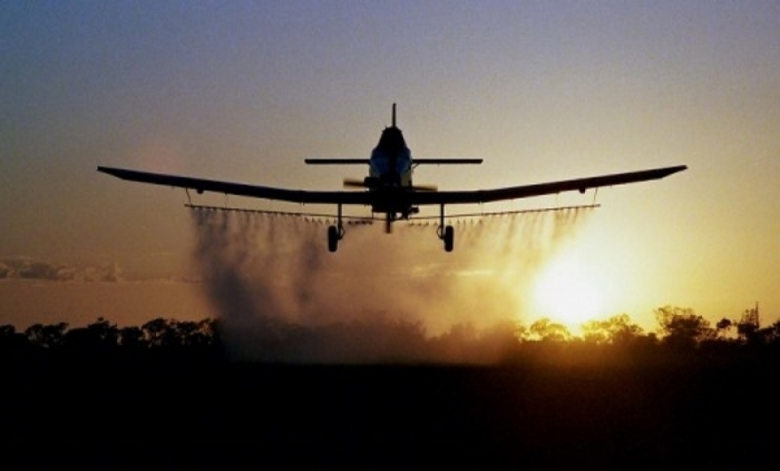 Викендов авионска дезинсекција против комарци во Скопје
