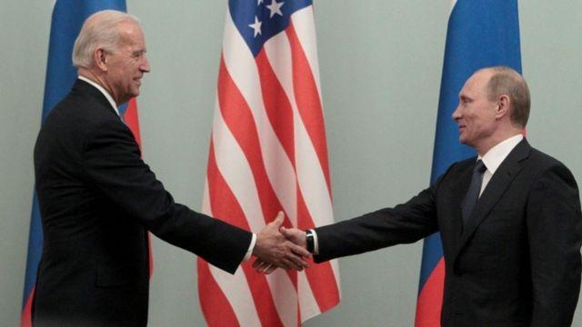 Бајден наскоро очекува средба со Путин