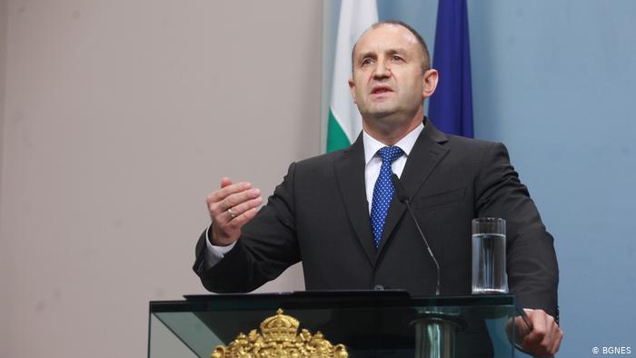 Радев: Ако не се состави влада влегуваме во политичка и уставна криза