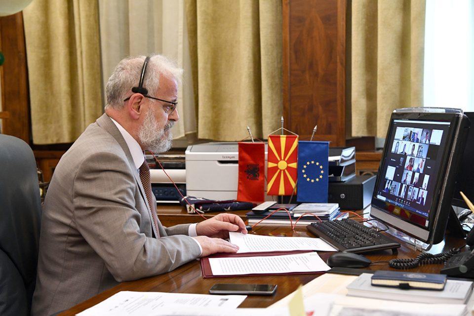 Џафери во Анталија се сретна со црногорскиот колега, Бечиќ