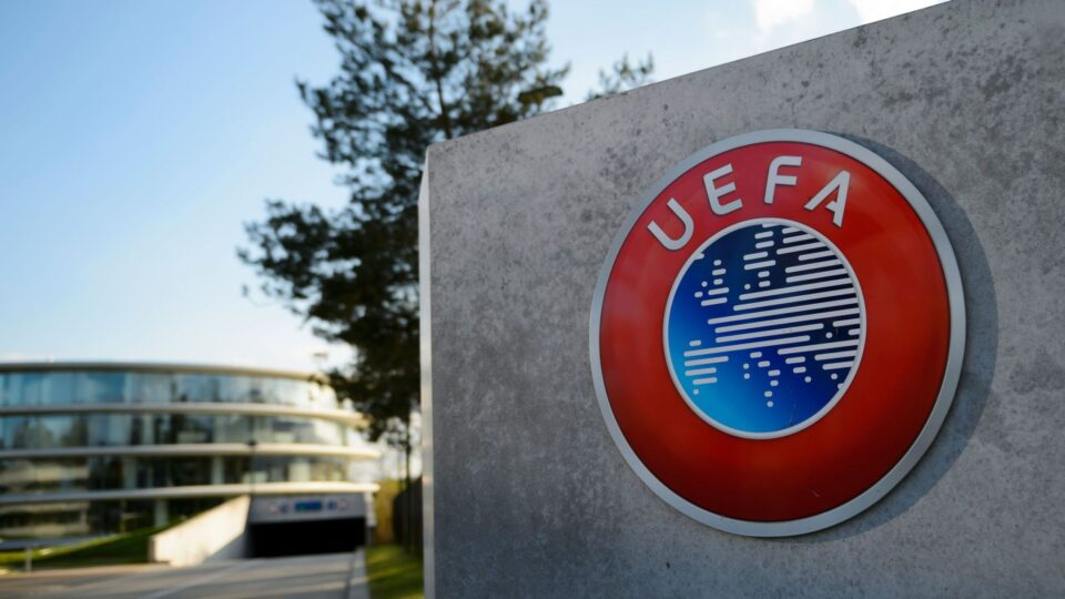 УЕФА: Гигантите ќе загубат осум милијарди евра