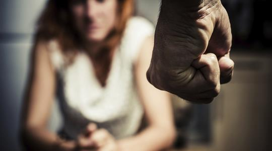 Напад врз скопјанка пред очите на нејзиното дете