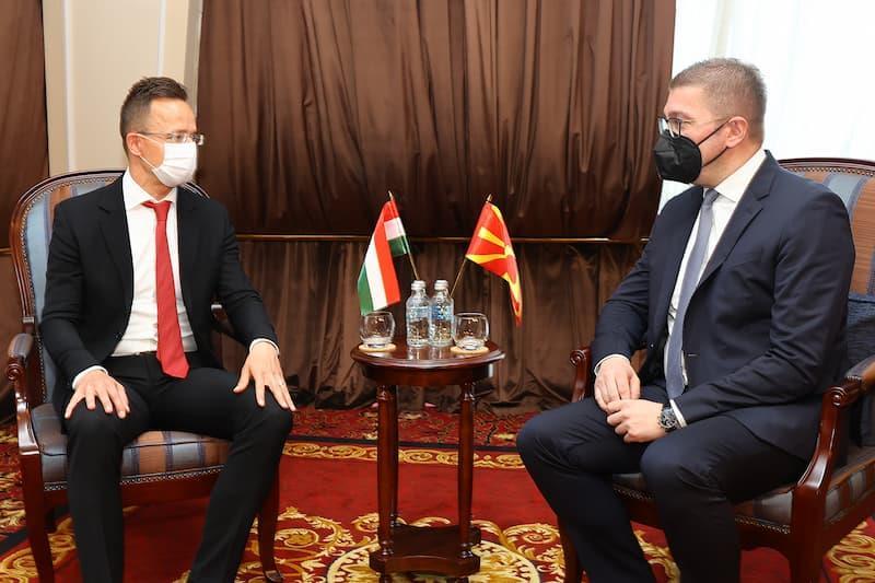 Мицкоски-Сијарто: Благодарност за поддршката од Унгарија кон Македонија