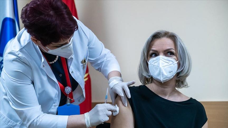 Почна масовната вакцинација во Црна Гора