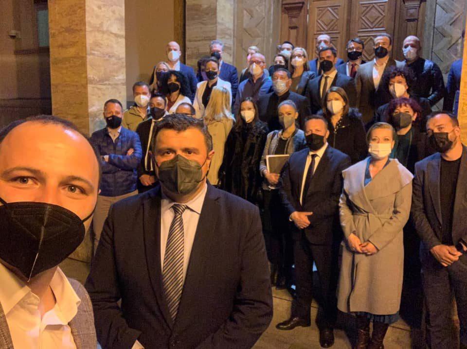 Мисајловски: Владејачкото мнозинство одби закони доставени од пратеничката група на ВМРО ДПМНЕ