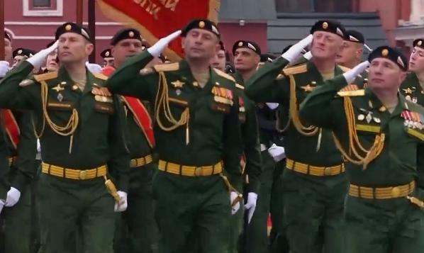(ВО ЖИВО) Москва ја одбележува победата над фашизмот со воена парада