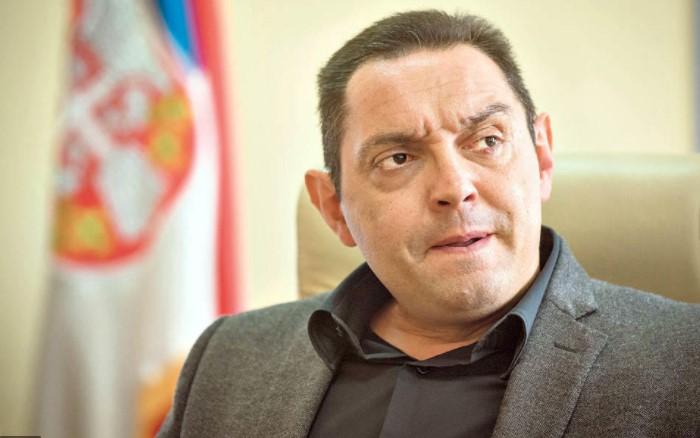 Вулин: Случајот со прислушкувањето на Вучиќ е брутална злоупотреба на системот