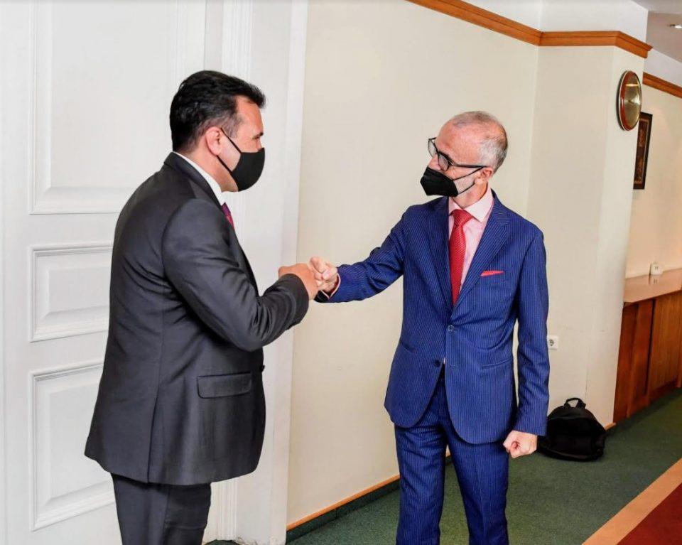 Заев – Силвестри: Силна поддршка од Италија, Македонија ги заврши обврските, на ред е ЕУ да вреднува