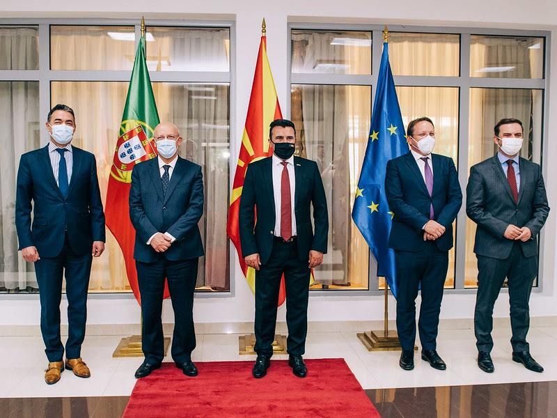 Предлогот на Вархеји и Силва добра основа за решение, Бугарија бара целосно исполнување на Договорот за добрососедство