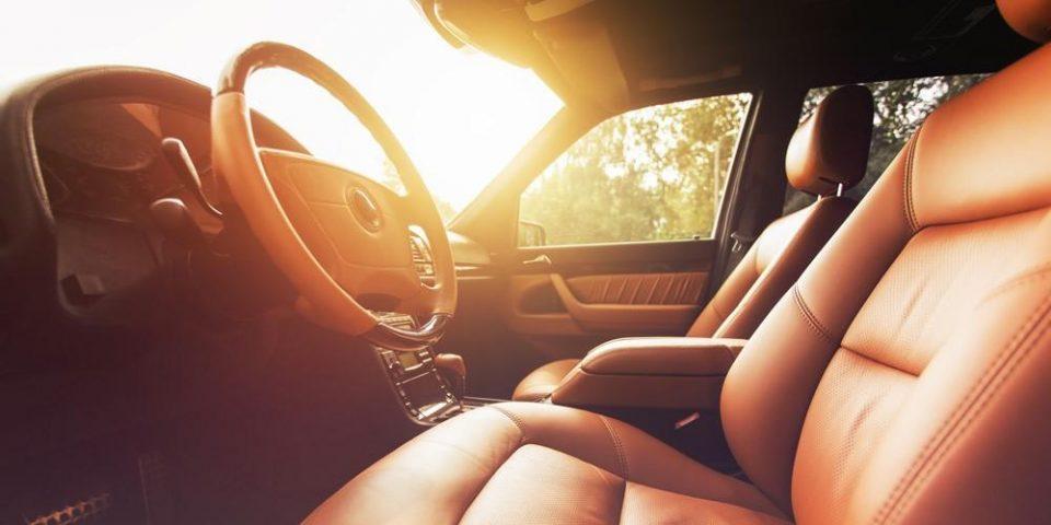 (ВИДЕО) Шокантно колку брзо автомобилот на сонце станува смртоносен