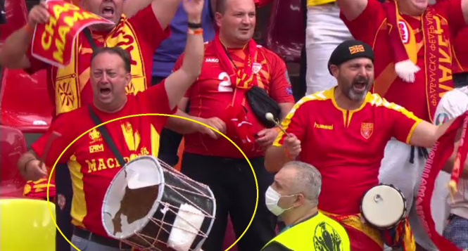 (ВИДЕО) Навивачот кој не насмеа со дупнатиот тапан, доби нов!