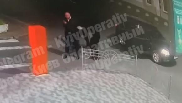 Се појави ВИДЕО од киднапирањето на српскиот бизнисмен Рогановиќ во Украина
