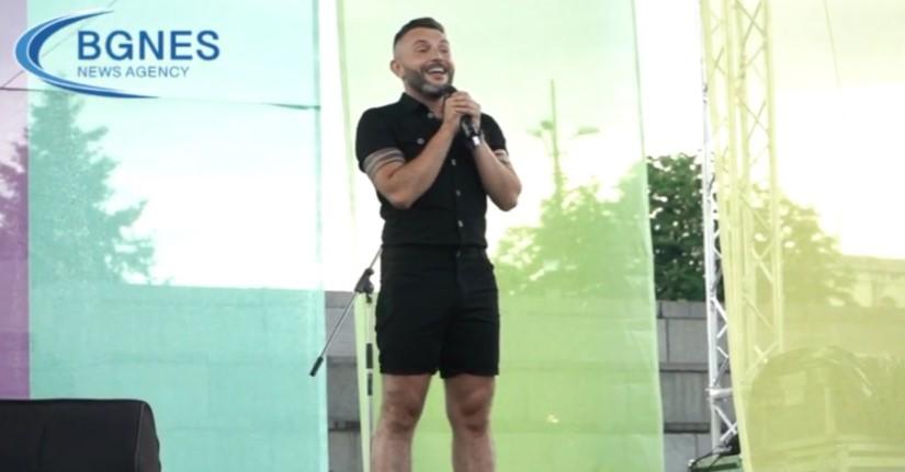 Гарванлиев по геј парадата во Бугарија ќе запее и на парадата во Скопје