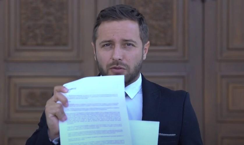 Арсовски: Заев наредува, Џолев спроведува, насила се држи судија поротник кој до сега треба да е заминат во пензија во случаите против ВМРО-ДПМНЕ