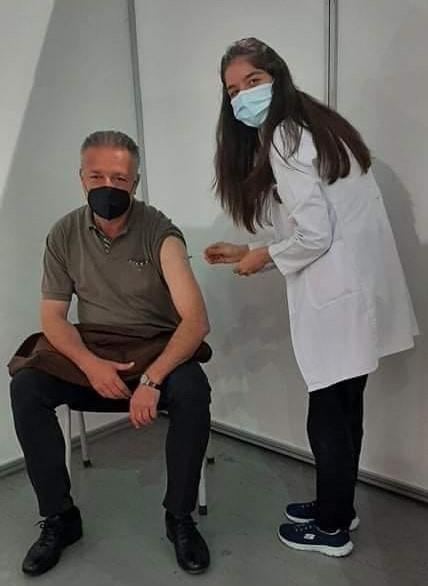"""Се вакцинираше и Бранко Црвенковски – """"Наздравје вакцина"""""""