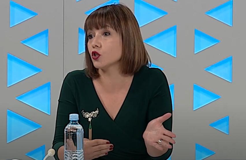 Царовска: Тоа што сме научени дека учебникот е единствен извор на знаење е голем проблем за образовниот систем