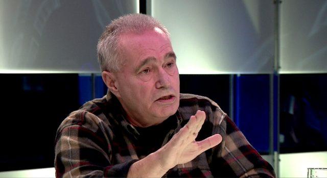 Цуцуловски: Македонија по три години од договорот со Грција не доби ништо, ама го загуби името и сега има блокада од Бугарија за ЕУ