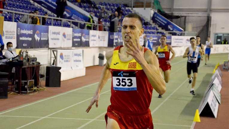 Ивановски го собори државниот рекорд на 3.000 метри на Европскиот куп во Кипар