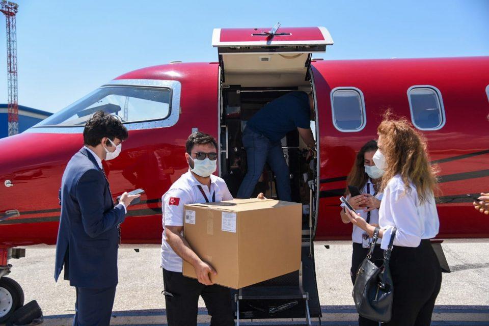 """Пристигна донацијата од 30 илјади """"Синовак"""" вакцини од Турција"""