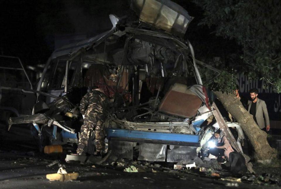 (ФОТО) Две експлoзии една по друга, загинати најмалку 10 цивили