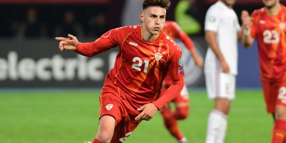 """(ФОТО) Елмас на """"BBC"""" листата за најмлад играч од кого се очекува најмногу на ЕУРО 2020"""