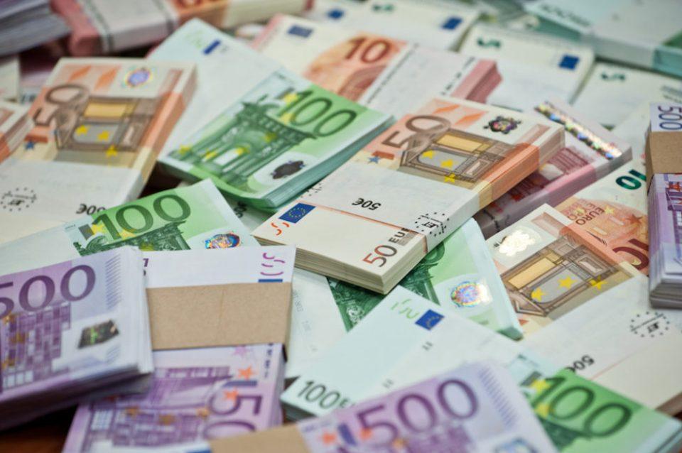 Одземени 148.000 евра на македонски државјанин на преминот Прешево-Табановце