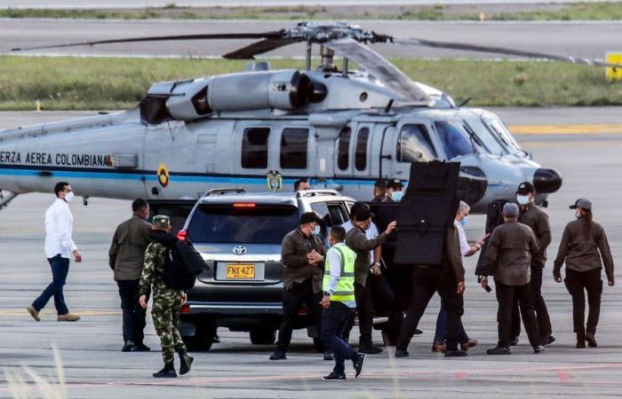 Напад во Колумбија: Пукано врз хеликоптерот на претседателот