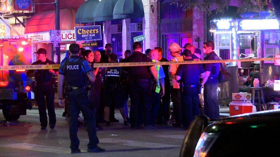(ВИДЕО) Масовно пукање во Тексас, најмалку 13 ранети