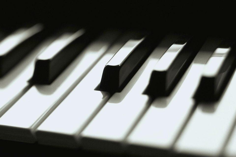 Младата пијанистка Ана Велиновска ќе настапува на најпрестижниот фестивал во Швајцарија