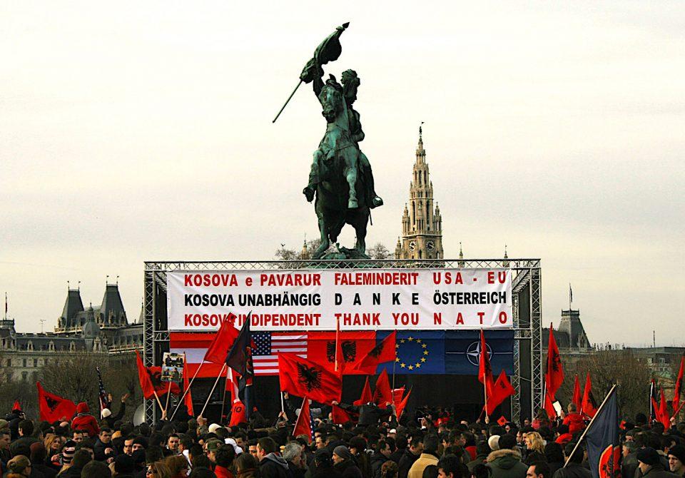 Раскол во Косово: Харадинај вели дека Курти го загрозува пријателството со САД