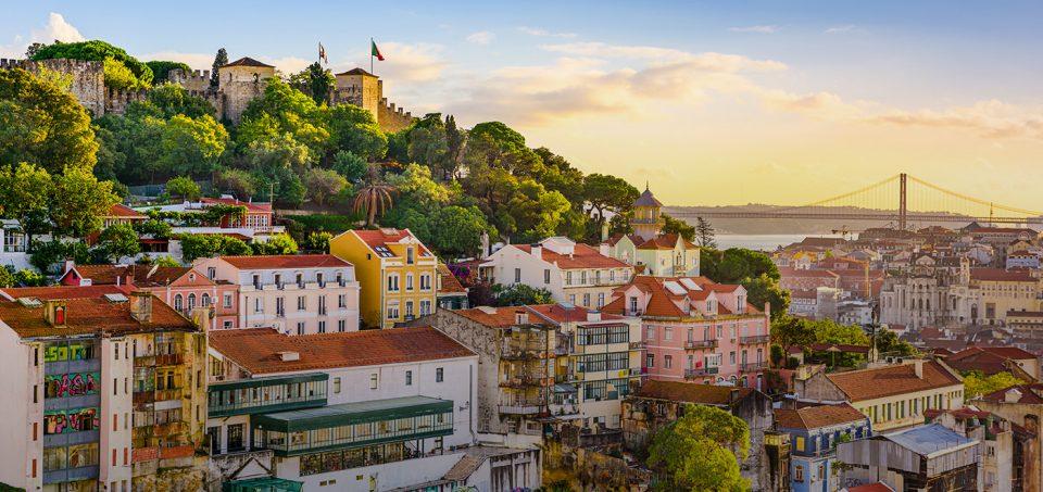 Португалија враќа дел од ограничувањата поради новите инфекции