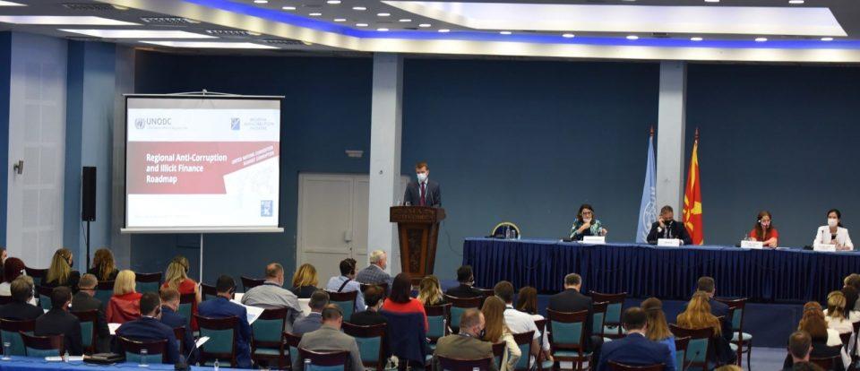 Николовски: Секој треба да тргне од личните постапки и да помогне да ја сопреме корупцијата