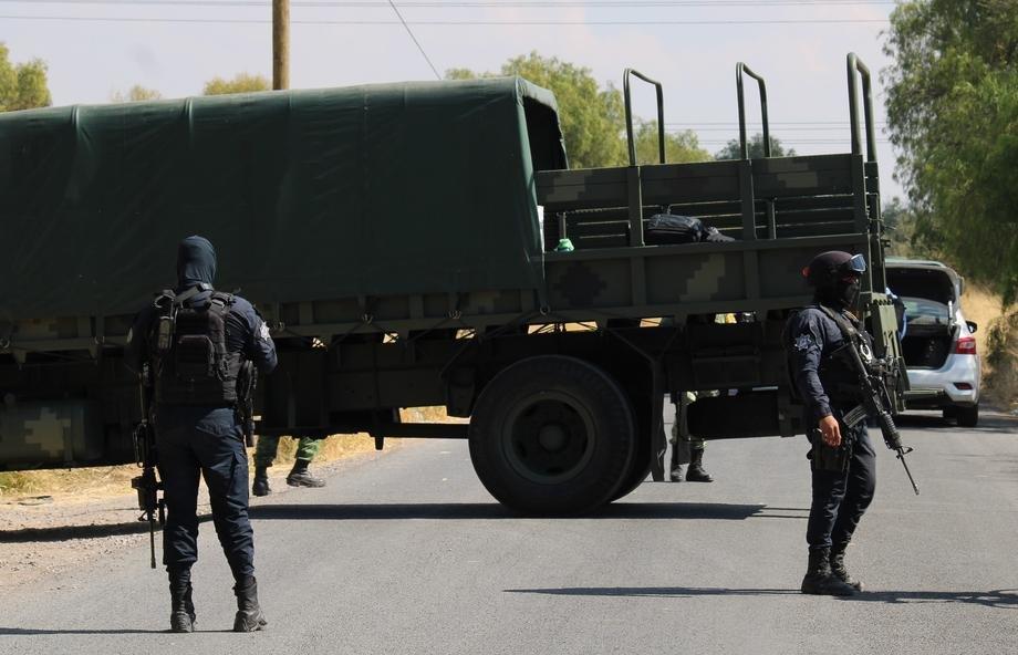 Милиони куршуми наменети за САД украдени од шлепери на автопат во Мексико