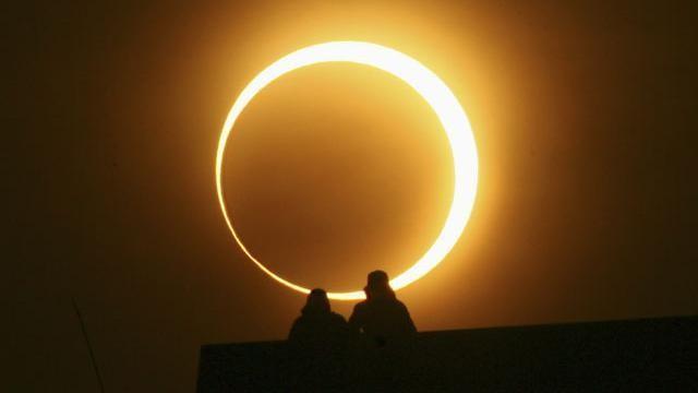 Во ист ден нè очекува помрачување на сонцето и млада месечина: Денес на овие знаци ќе им се смени животот од корен!