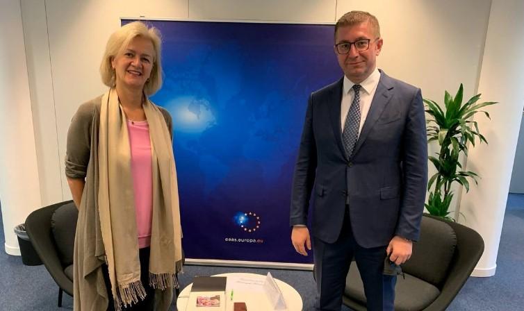 Средба Мицкоски – Анџелина Ајхорст: Местото на Македонија е во ЕУ