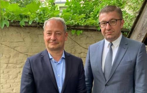 Мицкоски се сретна со Шидер, претседавач на Мешовитиот парламентарен комитет ЕУ-Македонија