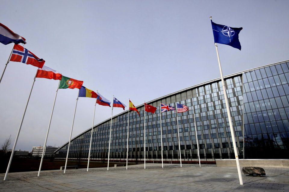 (ВО ЖИВО) Лидерите на 30 членки пристигнуваат на НАТО Самитот