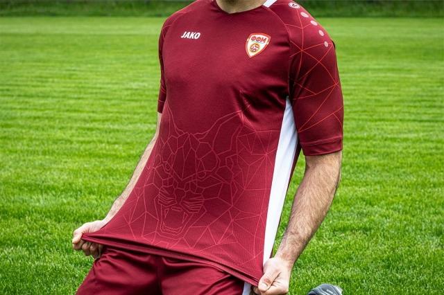 """""""Јако"""": Изненадени сме од ФФМ, самите побараа бордо боја дресови"""
