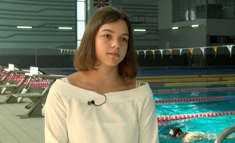 Пливачката Миа Блажевска Еминова на Олимписките игри во Токио