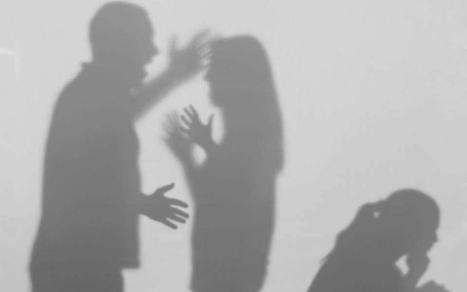 Маж од Вевчани си ја претепал мајката