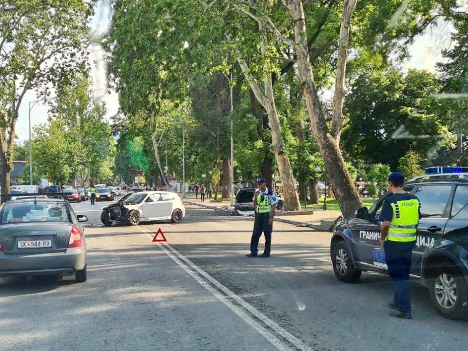 (ФОТО) Тешка сообраќајна несреќа во Бутел