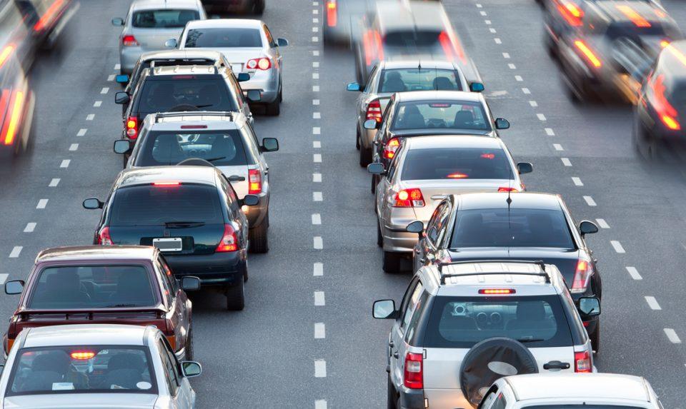 Димовски: Да почнеме да возиме со нерегистрирани коли по Европа?