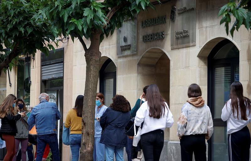 САД со препораки до граѓаните: Не патувајте во Шпанија и во Португалија поради Ковид-19